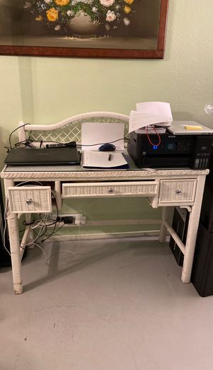 Desk for Sale in San Leandro, CA