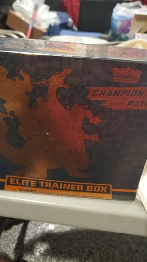 3 Pokemon elite trainer pack for Sale in Los Angeles, CA