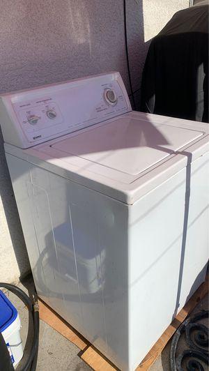 Lavadora kenmore color blanco for Sale in Bell Gardens, CA