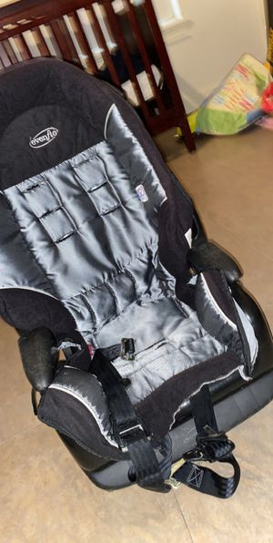 Car seat for Sale in Plant City, FL