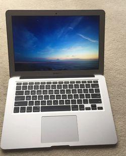 2015 Macbook Air - 15 inch for Sale in Oakton,  VA