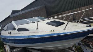 Parting out Bayliner Capri ...windows ,wiring and more for Sale in Sacramento, CA