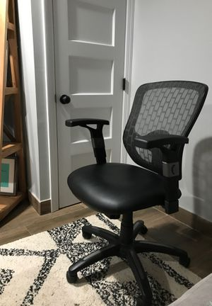 Swivel Office Chair for Sale in Albertson, NY