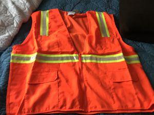 4 pocket safety vest for Sale in North Las Vegas, NV