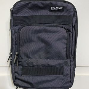 Fancy Kenneth Cole Backpack Black/gray for Sale in Chula Vista, CA