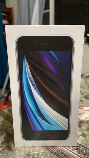 Iphone xe 64gb 2020 unlocked for Sale in Lynwood, CA