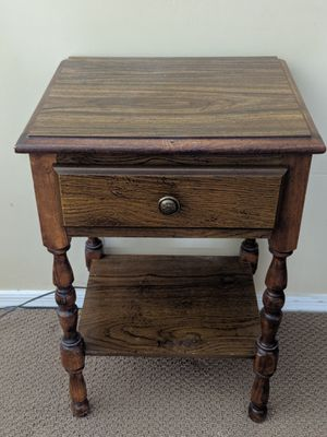 Night stand or end table for Sale in Mesa, AZ