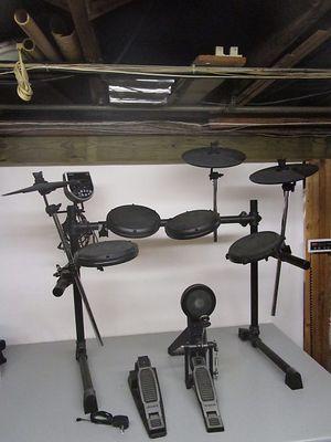 Alesis dm6 electronic drum set for Sale in Dearborn, MI