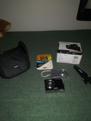 Cameras and camcorder w/ extras for Sale in Lynchburg, VA