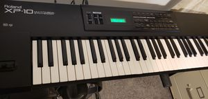Roland XP10 Synthesizer Mint! for Sale in Eustis, FL