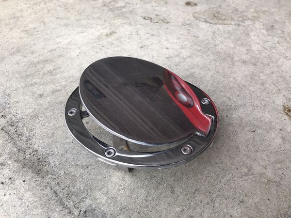 Mazda miata fuel door