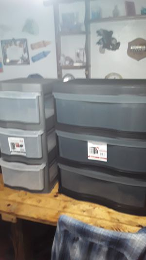 Two storage three drawers for Sale in Charleroi, PA