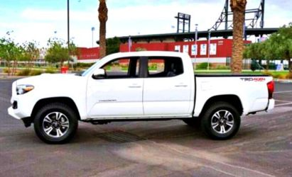 2O17 Tacoma for Sale in Baltimore,  MD