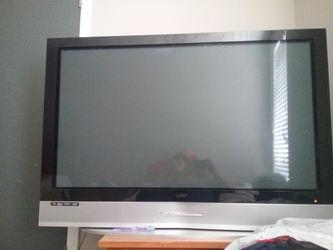 tv vizio 50 inches and iam located in NORCROSS,GEORGIA for Sale in Pretty Prairie,  KS