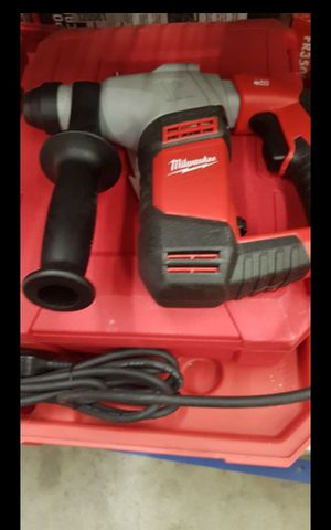 MILWUAKEE CORDED 5/8 ROTARY HAMMER NEW for Sale in San Bernardino, CA