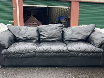 Black Leather couch - FREE DELIVERY for Sale in Portland,  OR