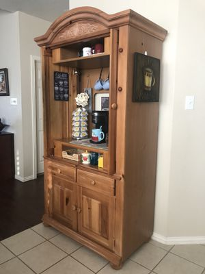 Cabinet/wardrobe for Sale in Keller, TX