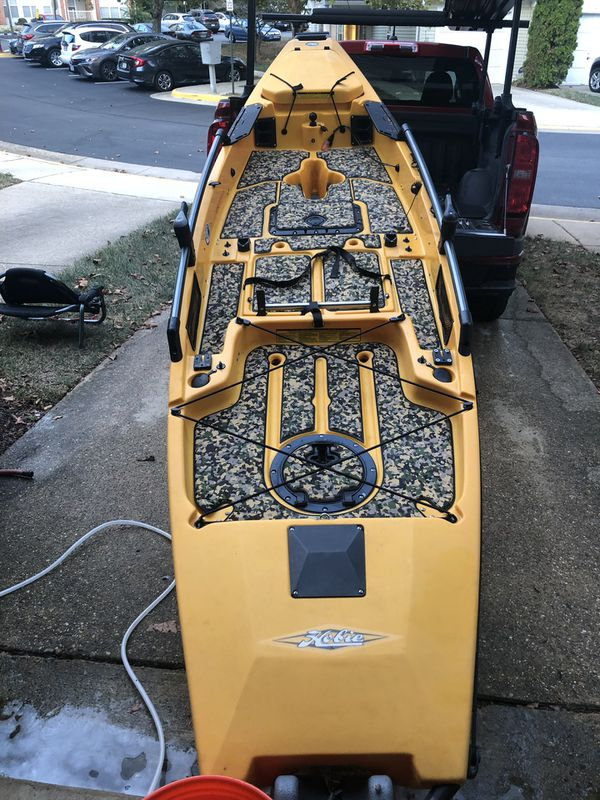Hobie PA12 2013 with lots of extras and upgrades