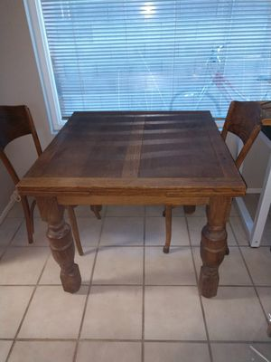 Antique oak table with leaves and 4 chairs for Sale in Henderson, NV