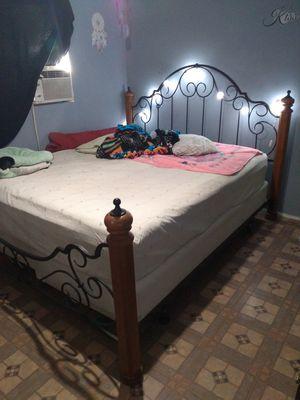 KING bed frame for Sale in Hemet, CA