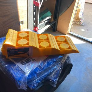 RV Tri-Leveler Recreational Vehicle for Sale in Menifee, CA