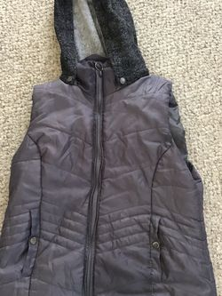Womans Xl Vest With Removable Hood Grey for Sale in Elk Grove Village,  IL