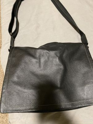 Levenger Messenger Bag *NEW * for Sale in Woodinville, WA