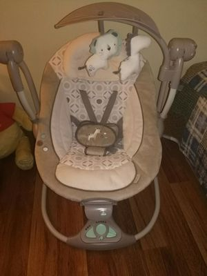 Baby Swing for Sale in Lancaster, OH
