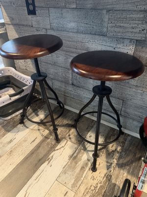 Adjustable Bar Stools for Sale in Dearborn Heights, MI