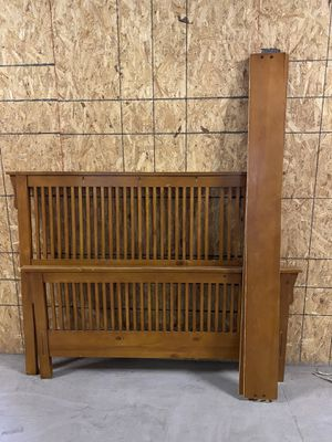 Solid Wood Queen Bed Frame - No Cross Slats - Delivery Available! for Sale in Baltimore, MD