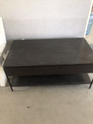 Dark brown coffee table for Sale in Fresno, CA