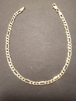 10kt. Gold Bracelet ( Read Description ) for Sale in Fresno,  CA
