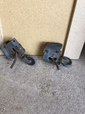 Casters for craftsman table saw for Sale in Phoenix, AZ