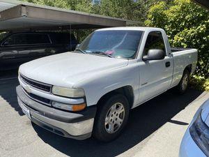 2000 Chevy Silverado SINGLE CAB SHORT BED V6 Manual for Sale in Santa Rosa, CA