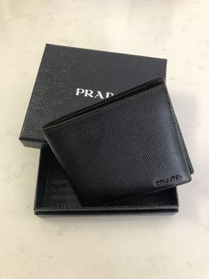 Prada Wallet (Brand New Condition) for Sale in Miami, FL