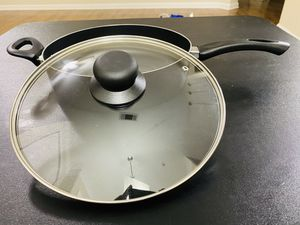 Cooks 4.5QT Saute Pan for Sale in Cypress, TX
