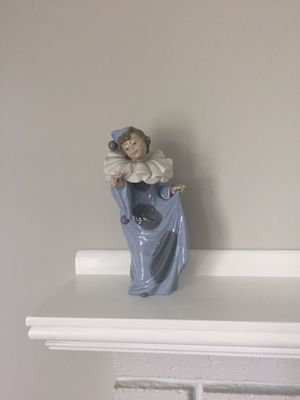 Vintage Nao by Lladro Porcelain Figurine Circus Dreamer #1094 Girl Clown Pierrot for Sale in Ashland, MA