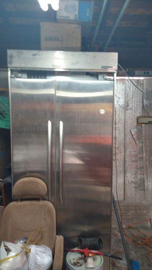 Kitchen air fidge for Sale in Stockton, CA