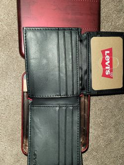 Levi's Strauss Leather , Bi Fold Wallet & Tin Case for Sale in Bothell,  WA