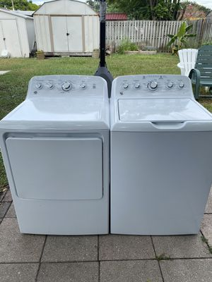 like new washer and dryer set work perfectly for Sale in New Port Richey, FL