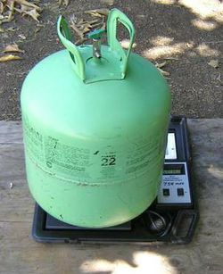 Refrigerant R22 full 50 lb Tank freon 57 for Sale in Culver City,  CA