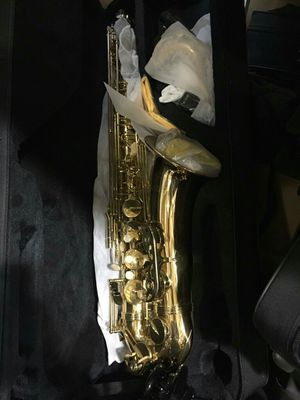 New alto saxophone for Sale in Los Angeles, CA