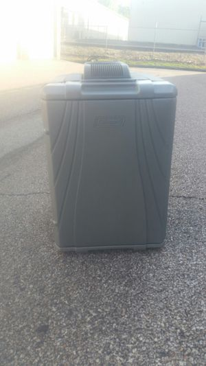 Cooler ice box cooler for Sale in Fenton, MO