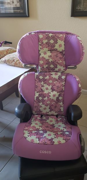 Girl Cosco Car Seat w/Booster for Sale in West Palm Beach, FL