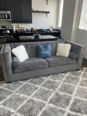 Super cute gray couch with pillows for Sale in Richmond, VA