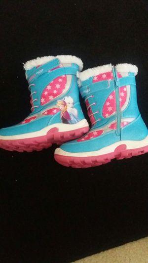 Girls Frozen themed snow boots Size 2 for Sale in Woodbridge, VA