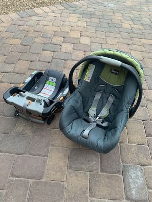 Chicco infant car seat & base for Sale in Atlanta, ID
