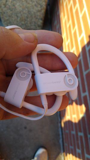 Dre beats apple headphones Bluetooth for Sale in Minneapolis, MN