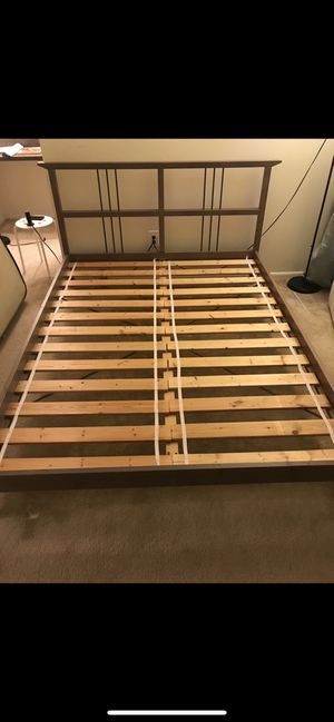 Queen bed frame Great conditions! for Sale in Reston, VA