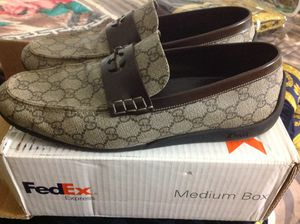 Gucci loafers mens great condition! for Sale in Chicago, IL